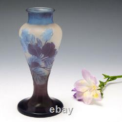 An Emile Galle Cameo Glass Vase 1900-04