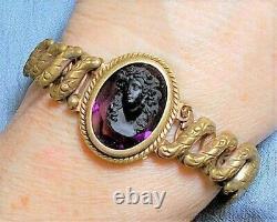 Antique Black Jet Cameo Sweetheart Expansion Bracelet Face Forward de verre