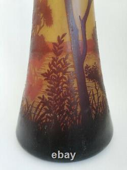 Art Nouveau Daum Nancy Cameo Glass Vase