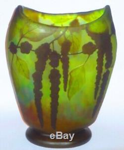 Ca. 1900 Nouveau Daum Floral Cameo Art Glass Etched Vase Wisteria