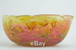 Daum Cameo glass bowl bleeding hearts design C 1900