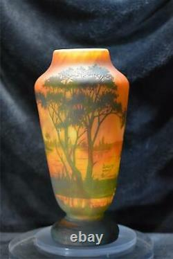 Daum Nancy Cameo Vase Etched Sunset Lake Scene 9