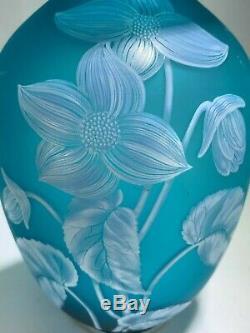 Elegant Vintage Fenton Blue Aqua Cameo White Flower Vase