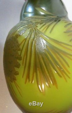 FABULOUS ORIGINAL D'ARGENTHAL FRENCH CAMEO ART GLASS VASE, c. 1919-25