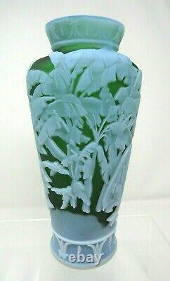 Fenton Murphy, Bomkamp Leida Vase Sand Carved Cameo, Green 10.5