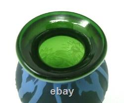 Fenton Murphy, Bomkamp Vase Sand Carved Cameo, Green Water Lilly Pond 10