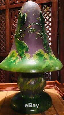 Gallè Type Decorative Cameo Glass Table Lamp