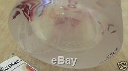 Illustrious Cameo Glass vase by Kelsey Murphy (Pilgrim Glass) carved Vineyard