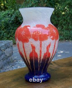 Impressive Degue hand blown cameo art glass vase in exuberant floral motif 19h
