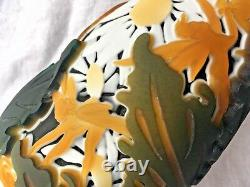 Large Kelsey Murphy Pilgrim SUPER Cameo Glass Frog Toad Fairies Daisy
