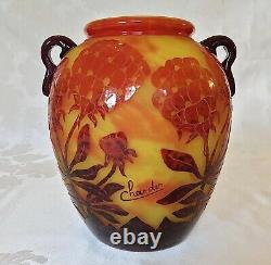Le Verre Francaise Schneider Glassworks Charder Hydrangea Cameo Vase c. 1923-25