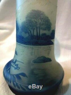 Lovely Antique Early 20th Century Signed DeVez French Cameo Art Glass Vase 1910