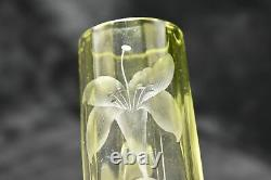 MOSER Intagilo Cut Vase Orchid Pattern Cameo