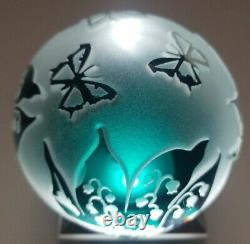Pilgrim Cameo Kelsey Murphy Paperweight with Butterflies 2000, 3wx4h