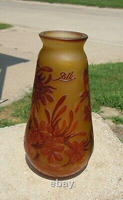 Signed Galle Cameo Style Art Glass Vase 11 Inches Tall