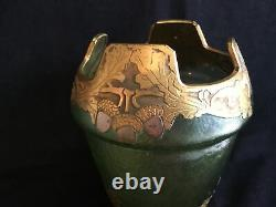 Signed MONT JOYE by Legras Art Nouveau French Cameo Glass Vase ca. 1900 Green