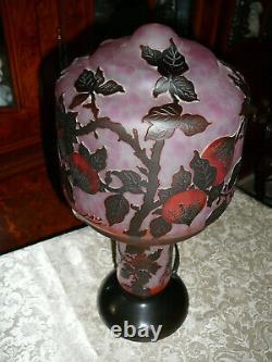 Splendid Signed Art Glass Cameo 3-layers Acid Etched Hand-painted ART NOUVEAU ST