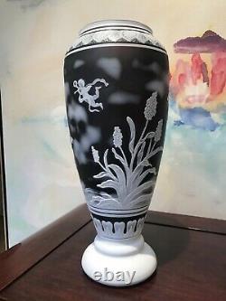 Vintage Large Hand Blown Cameo Glass Vase Art Nouveau Mint Condition