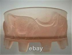 Walther & Sohne Art Deco Frosted Cameo Glass 7 Elephants Dish. Germany 1930s-40s